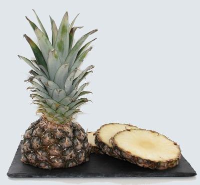 pineapple-627290_1920